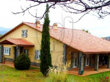 757 | Large farm with recreational areas in cànoves for sale