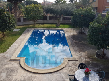 M19010 | Large villa for sale in Tiana