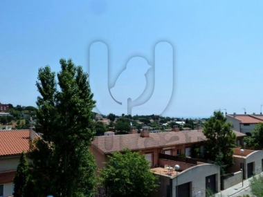 414 | Townhouse with garden for sale in Tiana