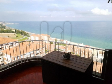 M18059 | Magnificent apartment with magnificent sea views