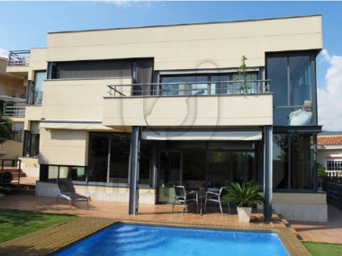 M16053 | Magnificent avant-garde house in Alella
