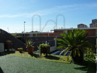 714 | Townhouse with private garden with swimming pool for sale in Montgat