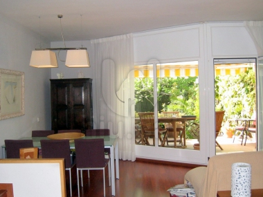 812 | Excellent semi-detached house for sale in the center of premia de dalt