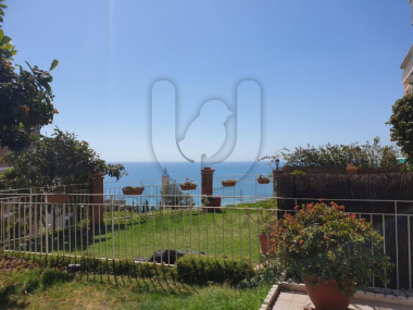 M19032 | Low reformed with garden and sea views in Montgat